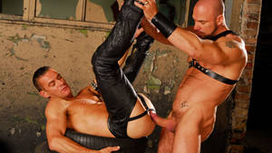 Leather Muscle Porn - Tags: Leather