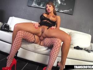 big dick shemale escort - Ava Devine gets Shemale escort for the night