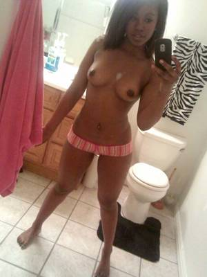 Hot Sexy Naked Black Girls - Really sexy little black teen ex girlfriend self pics