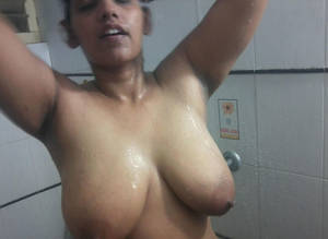 Massive Indian Tits - ... huge tits nude indian babe ...