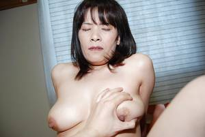 medium natural tits milfs -