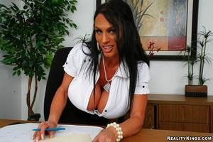 black business pussy - Black haired mature business lady Lisa Lipps with huge melons gets her  experienced pussy stuffed