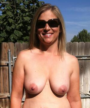 medium natural tits milfs - American girl medium tits topless