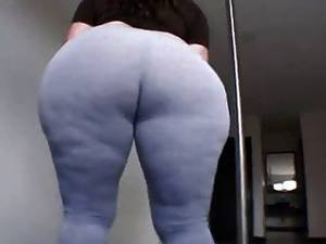 her phat ass in leggins - Amateur Fat Booty Latin Milf In Tight Leggings