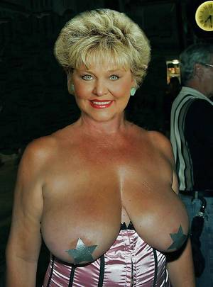 good granny tits - ... granny-big-boobs195.jpg