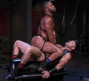 Leather Muscle Porn - micah-brandt-gay-porn-austin-wolf-muscle-hunk-