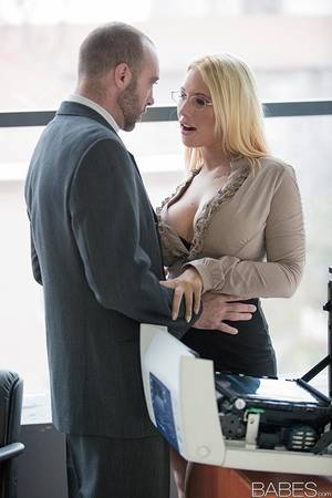 hot blonde babe fucked at the office - ... Hot blonde secretary Kyra Hot fucking co-worker in black lingerie ...