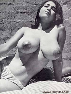 big tit vintage nudist tumblr - Teens with big tits, huge massive natural boobs, amateur girls with large  breasts, busty black chicks.