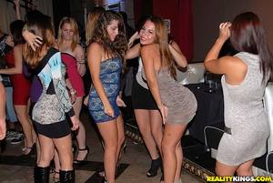 night club orgy sex parties - orgy-night-club-amatuer-girls-2.jpg
