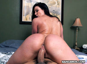 huge ass milf fuck -