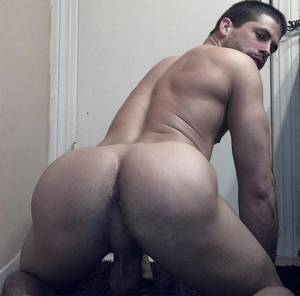 Gay Bubble Butt Porn -
