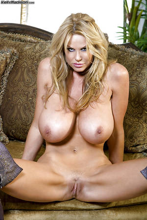 Kelly Madison Animated Porn - ... Kelly Madison shows her perfect saggy tits while masturbating ...