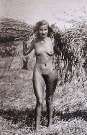 Nazi Party Porn - According to Nazi ideology, this was a perfect Aryan woman.