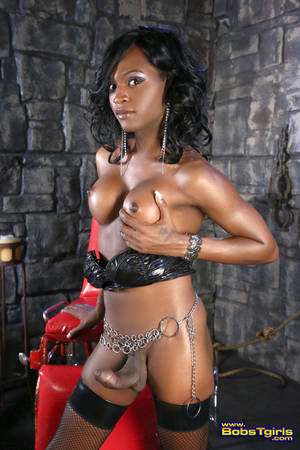 free black shemale domination photos - Double penetration gratuit