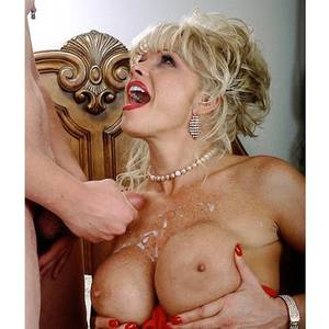big boobs pearl necklace - An image by Hathroy: an image from Hathroy Tagged by users as: pearl  necklace mouth open big boobs cum ...
