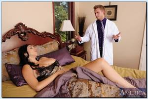 doctor fuck - Missy Martinez gets fucked by her doctor on house call Picture 09