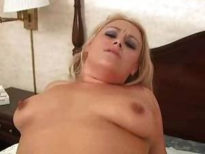 chubby chick gets - A Chubby Chick Gets Fucked And Swallows