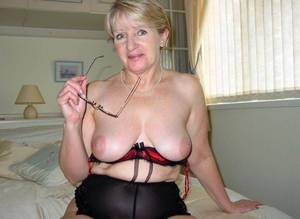 good granny tits - Granny big tits pictures