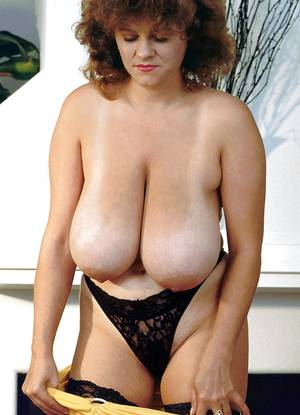 natural vintage breasts - Vintage big tits nude