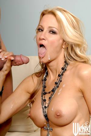 Big Tits Jessica Drake - ... Sweet MILF with big tits Jessica Drake getting a cumshot on her face ...