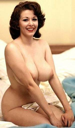 natural vintage breasts - An image by Biandreah: Retro Erotica |
