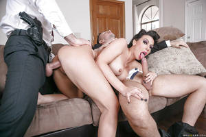mmf big cock - ... MILF pornstar Rachel Starr gives big cocks head in MMF threesome ...