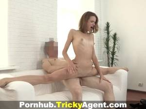 Gymnast Blowjob - Tricky Agent - Ex-gymnast doing the splits on cock
