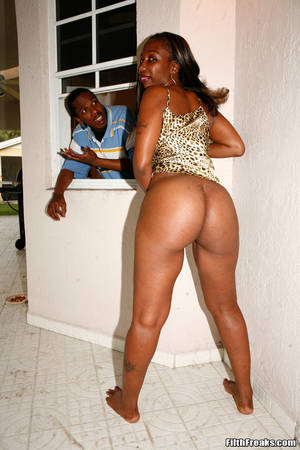 ebony cougar - furnishing has plonk Free Ametuer Interracial Videos why not sample Synergy