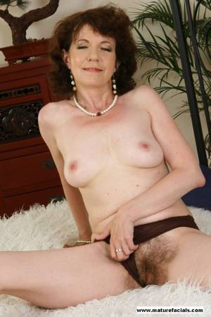 granny brunette - Mature porn pictures brunette glamm granny show her hairy