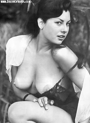 Classic Porn Stars Nude - Vintage pinup June Palmer falls out of her dress