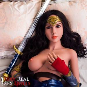 High Resolution Wonder Woman Reality -