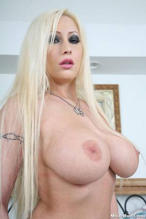 Huge Tits Blonde Porn Model - Very Big Boobs Blonde Porn Babe
