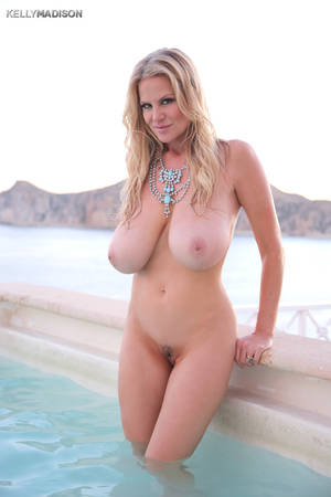 Kelly Madison Animated Porn - Kelly Madison Seaside Curves · Kelly Madison Seaside Curves ...