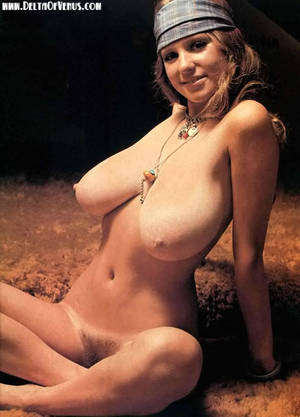 natural vintage breasts - Roberta Pedon, vintage 1970s nude with huge natural breasts & hairy pussy