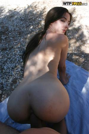 Homemade Hardcore Fucking - ... Amateur homemade porn action features hardcore fuck of hot babe outdoor  ...