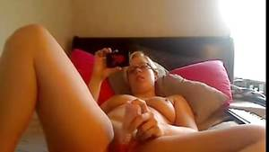 2 Girls Watching Porn Together - Teen Girl watching porn on her phone and using a Dildo