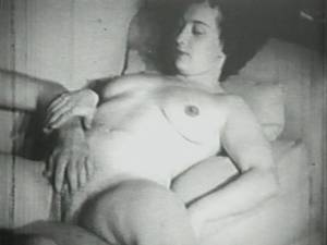 Homemade Hardcore Fucking - Amateur Couple has a Homemade Fucking, 1940s Retro Movie
