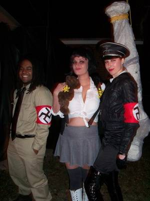 "Nazi Uniform Porn - Recovering Sandra Bullock victim Jesse James caught flak for some Nazi-esque  pics. There's that stupid Internet ""law"" about conversations mentioning  Nazis."