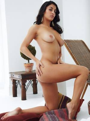 hot sexy indian nude p - Horny Indian Porn Star Naked Hot Sexy Bur Seductive Pics