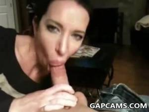 beautiful brunette blowjob -