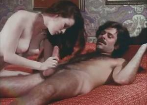 Homemade Retro Porn 1980s - Passionate vintage porn featuring beautiful brunette