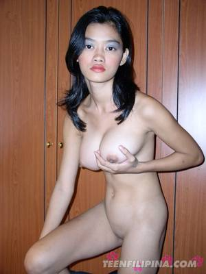 filipino girls with big tits - Naughty Brunette Babe Shows Her Big Boobs with Rubbing