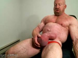 monster massive pumped cock - MuscleMaster Tom Lord Pumps his Enormous Cock at JockMenLive