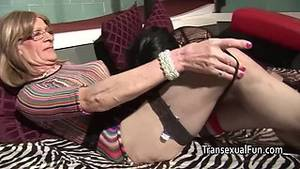 crossdressers fucking grannies - crossdressing old home trannys fuck each other