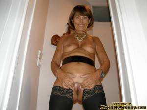 granny brunette - Mature brunette babe in black stockings and - XXX Dessert - Picture 6
