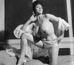 Margaret middleton huge natural tits Pictures Showing For Big Juggs 1960s Www Mypornarchive Net